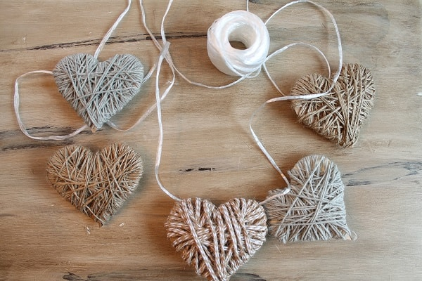 diy heart garland
