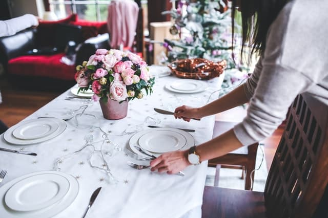 8 ways to refresh your home for the holidays
