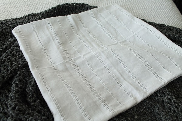 white-eyelet-napkin pillow