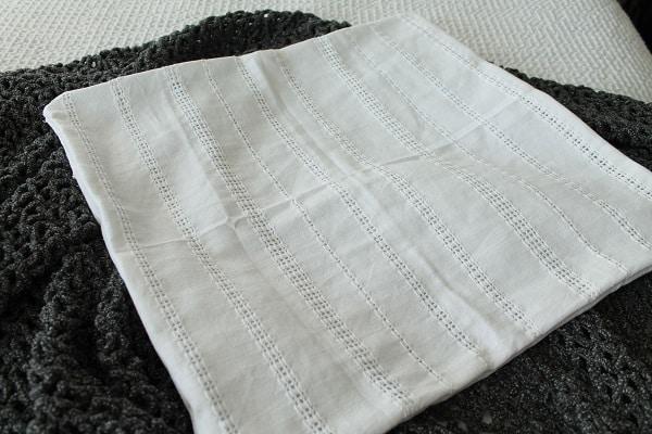 white-eyelet-napkin pillow