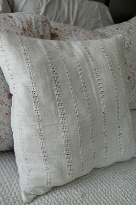 white-eyelet-throw-pillow