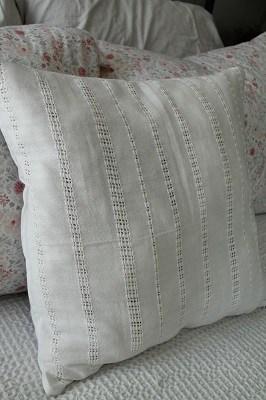white-eyelet-throw-pillow
